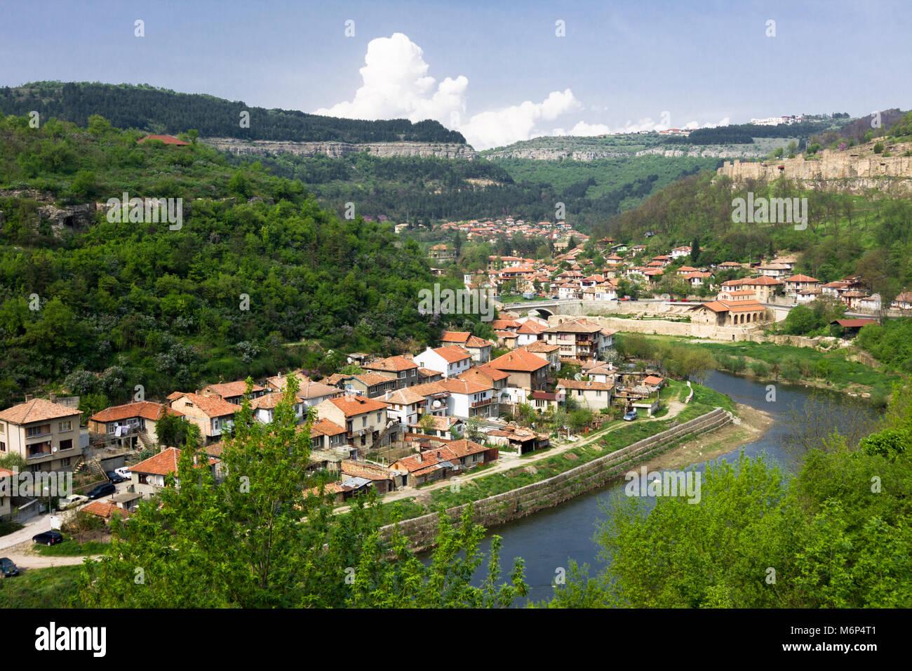Overview of Veliko Tarnovo old town and Yantra river running through it. Veliko Tarnovo, Bulgaria Stock Photo