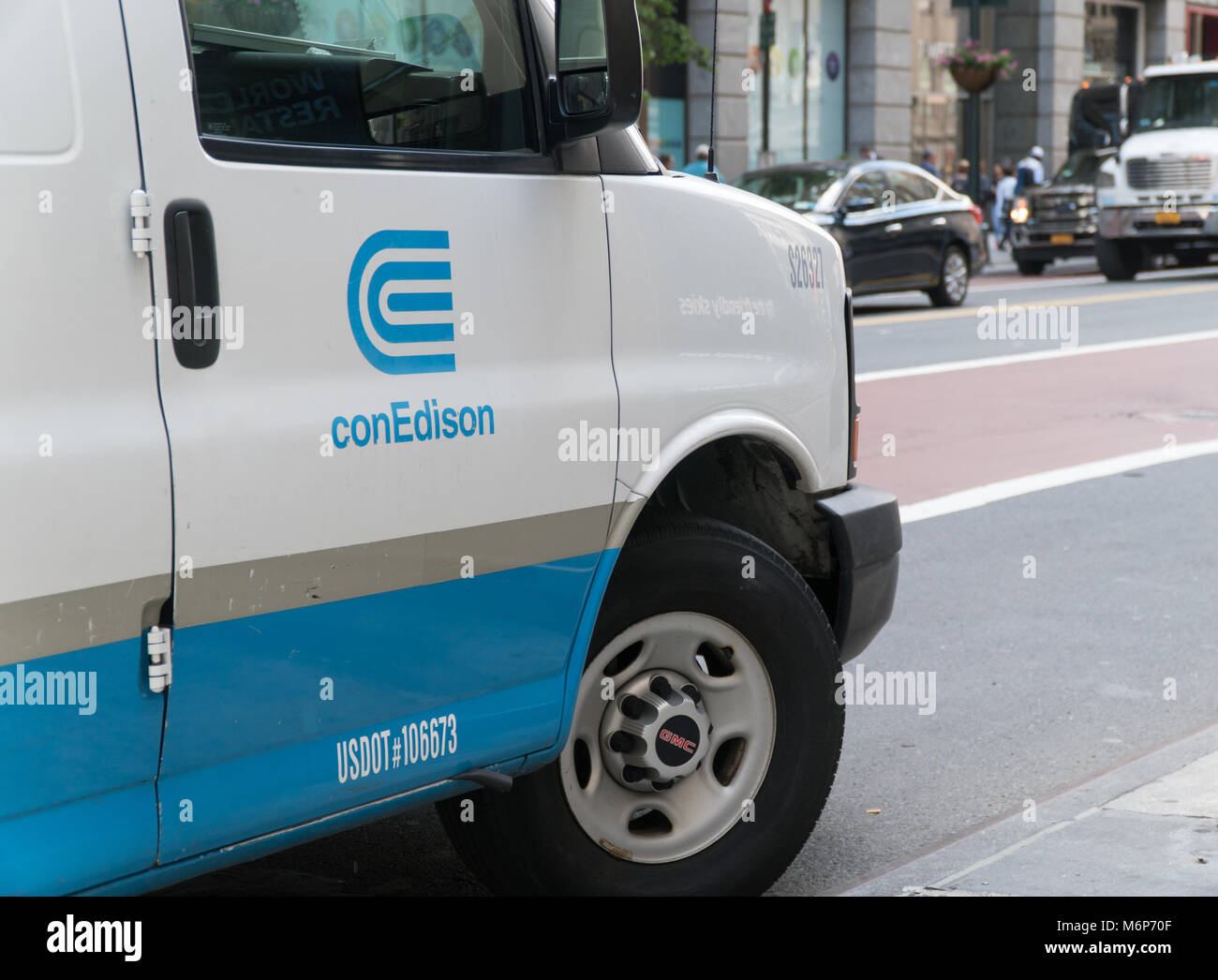 New York City - Circa 2017: Con Edison electricity gas and steam power company truck vehicle van parked on Manhattan - Stock Image