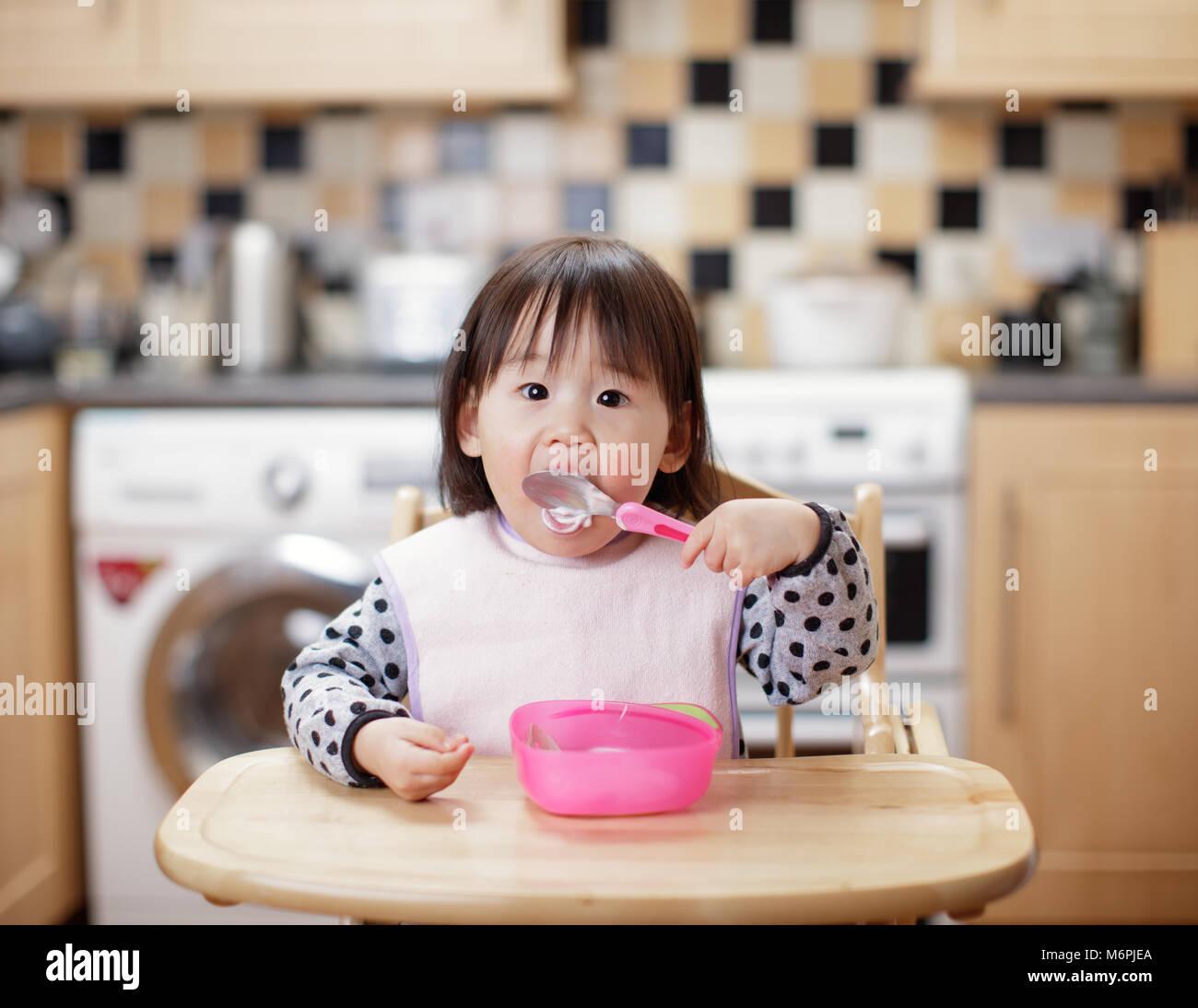 Messy Restaurant Kitchen: Japanese Kids Eating Stock Photos & Japanese Kids Eating