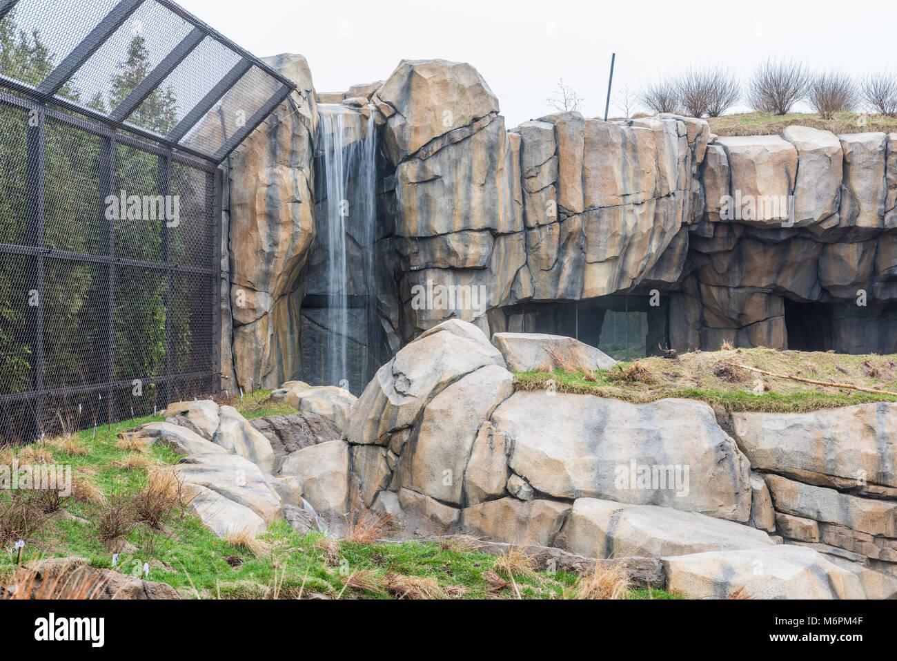 Enclosure at the Lincoln Park Zoo - Stock Image