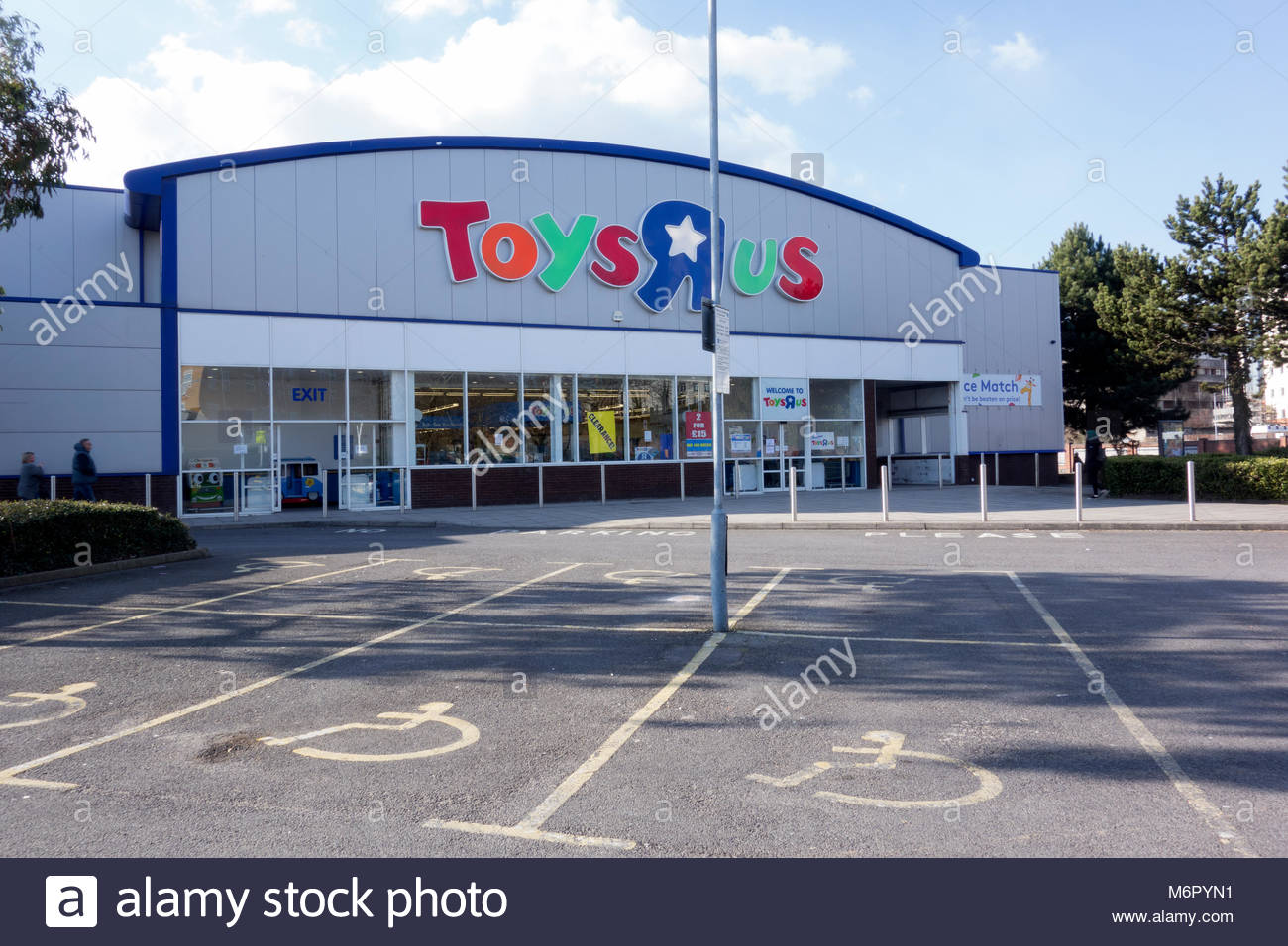 Toys R Us Uk Stock Photos Amp Toys R Us Uk Stock Images Alamy