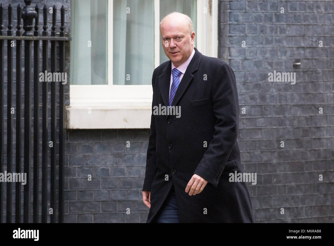London, UK. 6th March, 2018. Chris Grayling MP, Secretary of State for Transport, arrives at 10 Downing Street for - Stock Image
