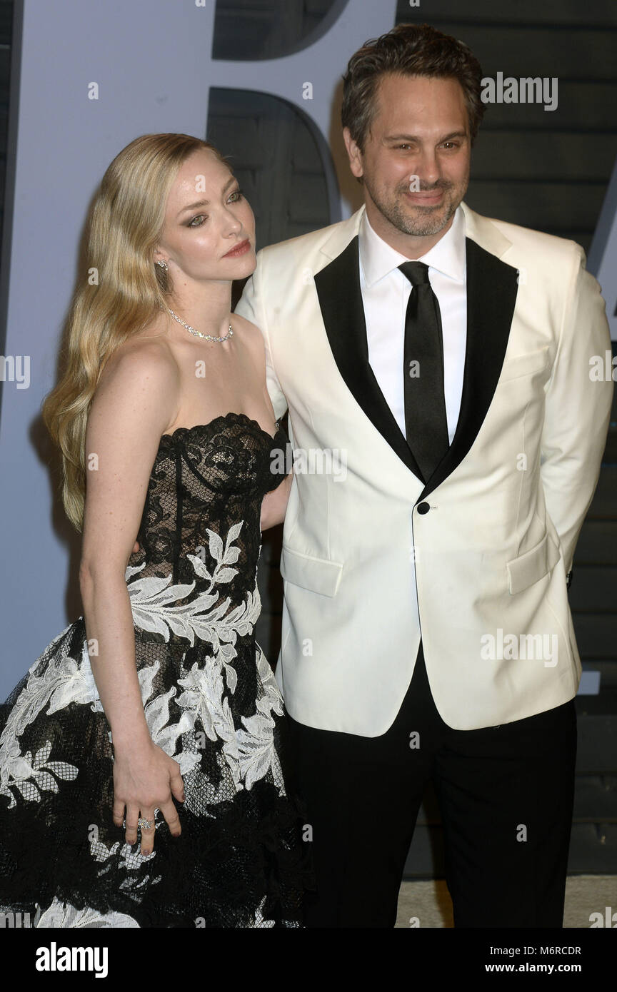 Amanda Seyfried And Thomas Sadoski Attending The 2018 Vanity Fair Stock  Photo: 176306307   Alamy