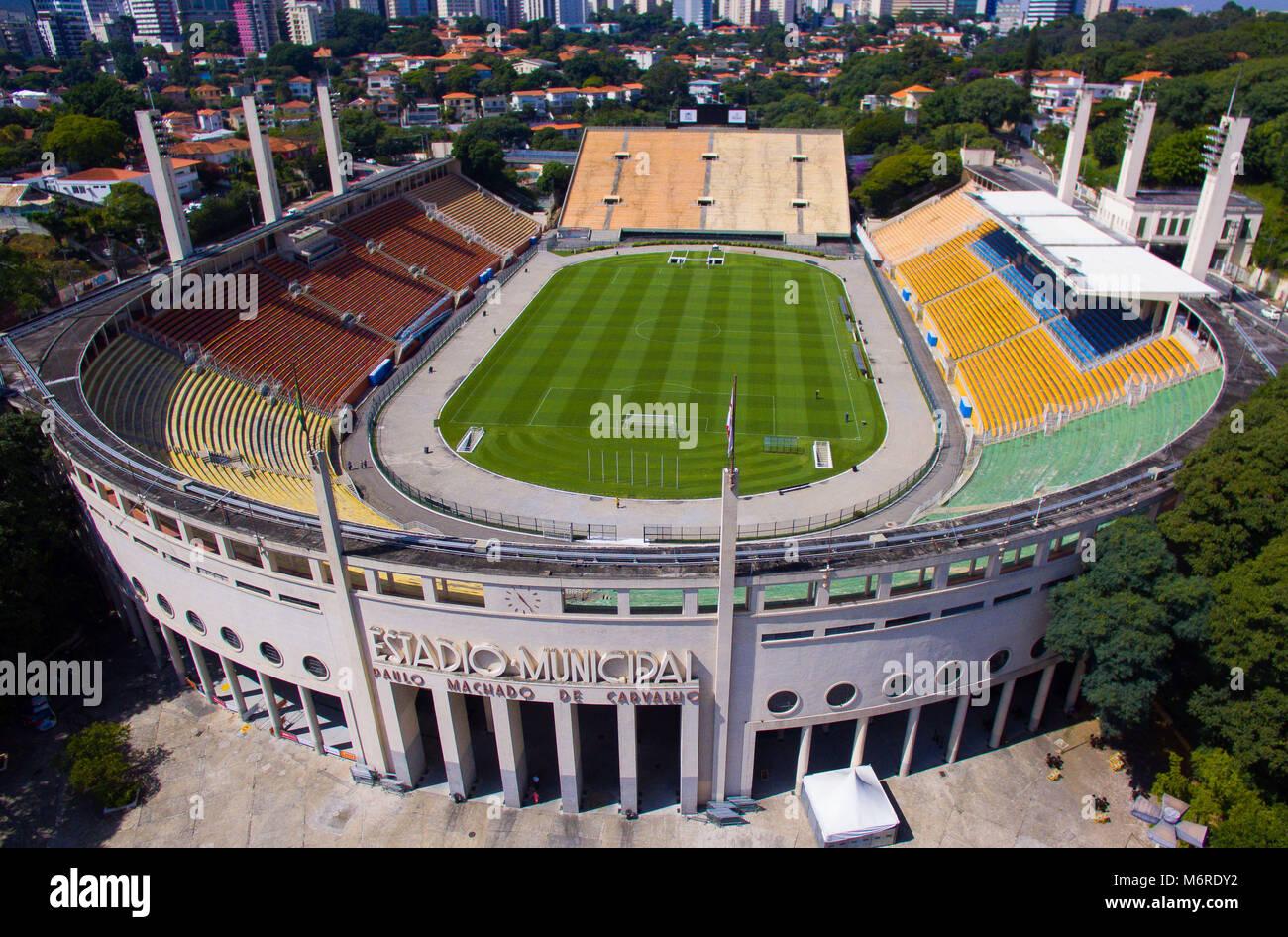 Pacaembu São Paulo fonte: c8.alamy.com