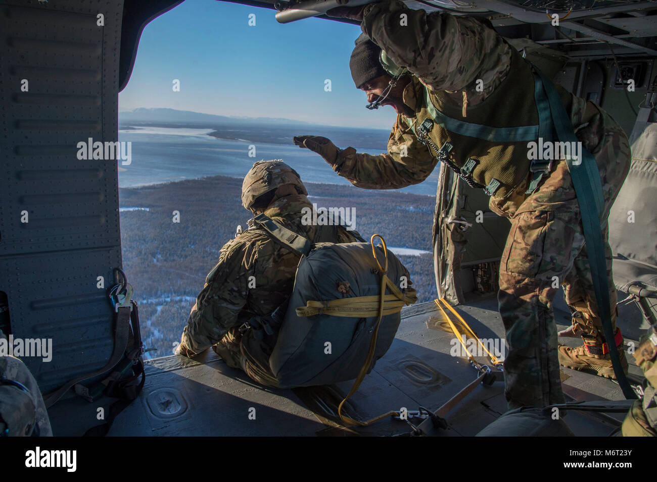U.S. Army paratroopers assigned to the 1st Battalion, 501st Parachute Infantry Regiment, 4th Infantry Brigade Combat Stock Photo