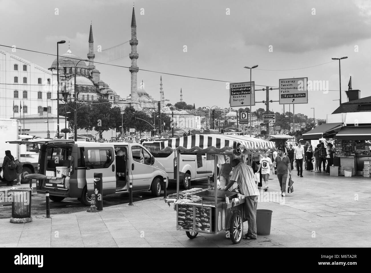 Istanbul, Turkey - June 28, 2016: Urban street food, cart with roasted chestnuts and corn in Istanbul city, ordinary - Stock Image