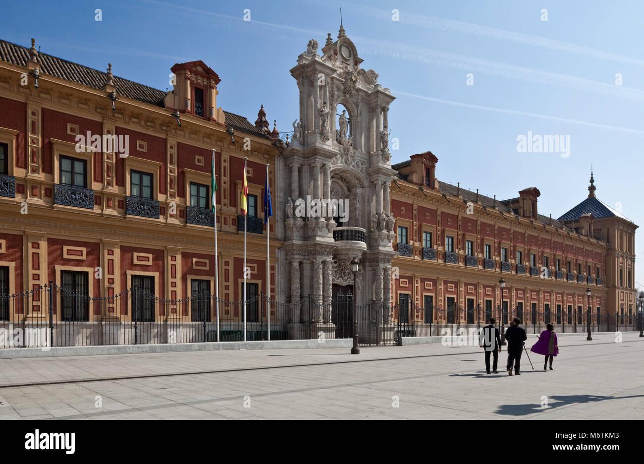 Sevilla, San-Telmo-Palast. Palast San Telmo. Fassade von 1757. Stock Photo