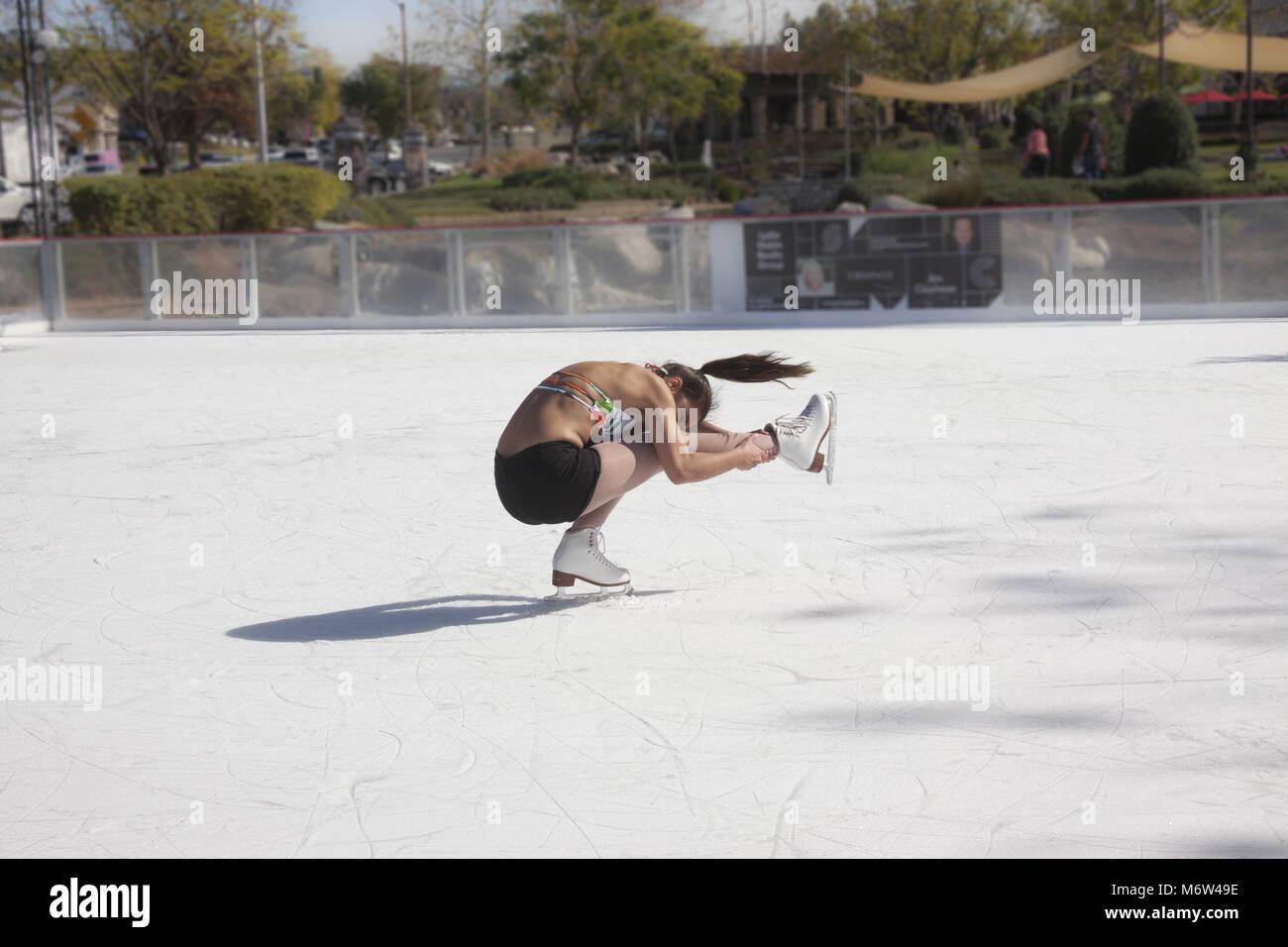ice skating rink outdoor stock photos  u0026 ice skating rink