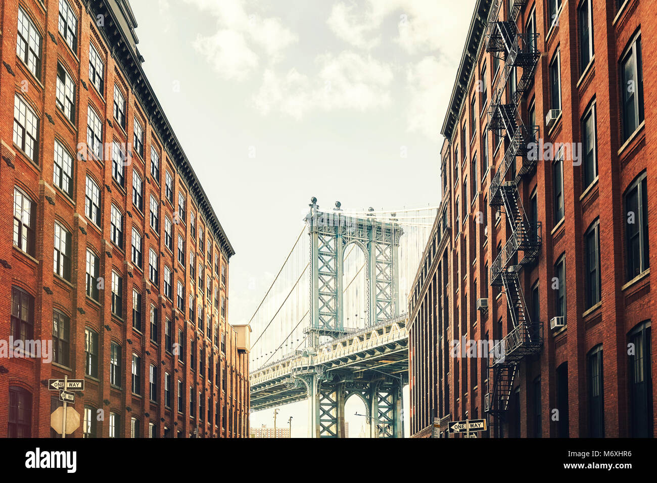 Manhattan Bridge seen from Dumbo, retro toned picture, New York City, USA. - Stock Image