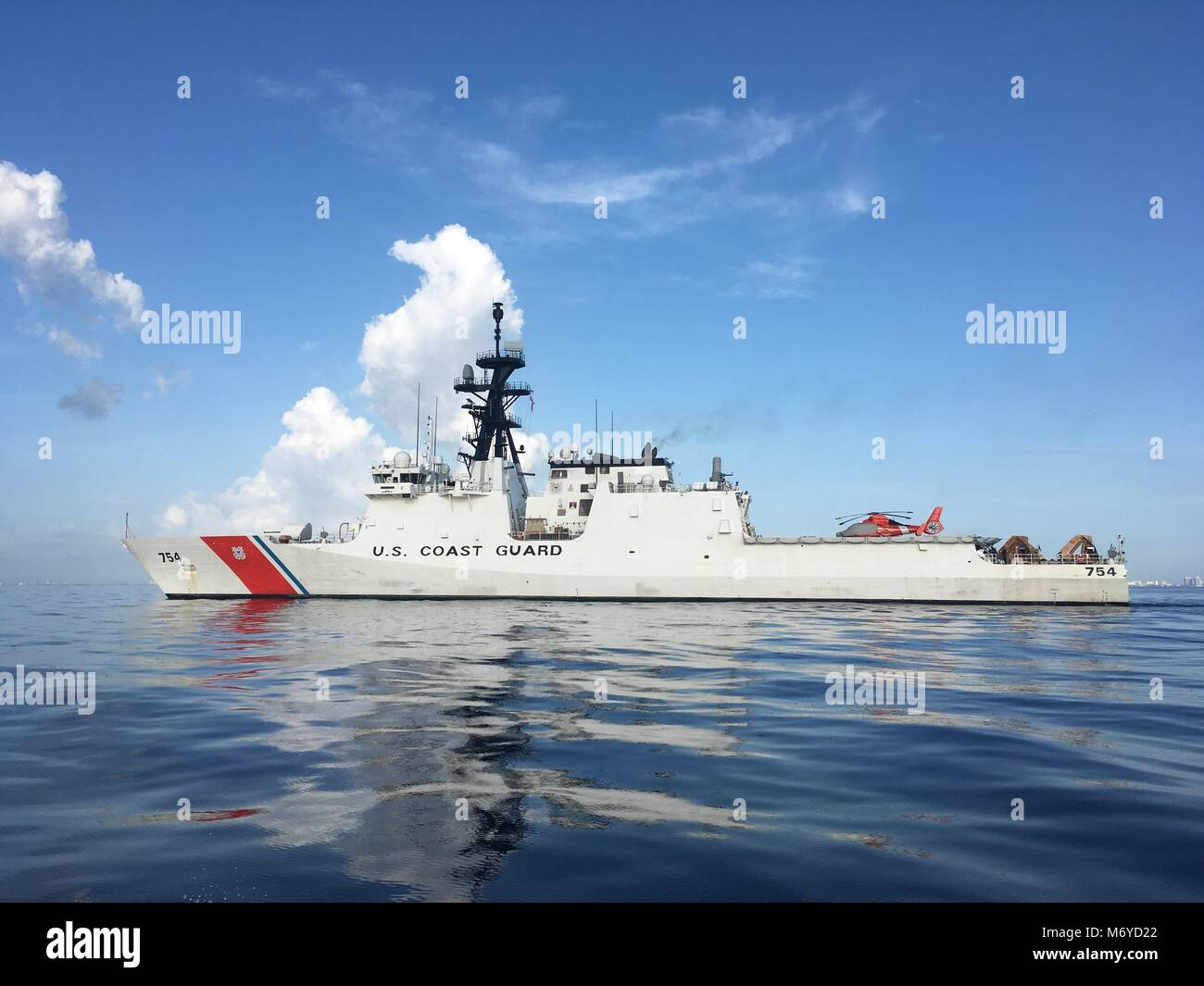 The Coast Guard Cutter James (WMSL-754) transits off the Florida coast Friday, 21 July, 2017 to theater in support - Stock Image