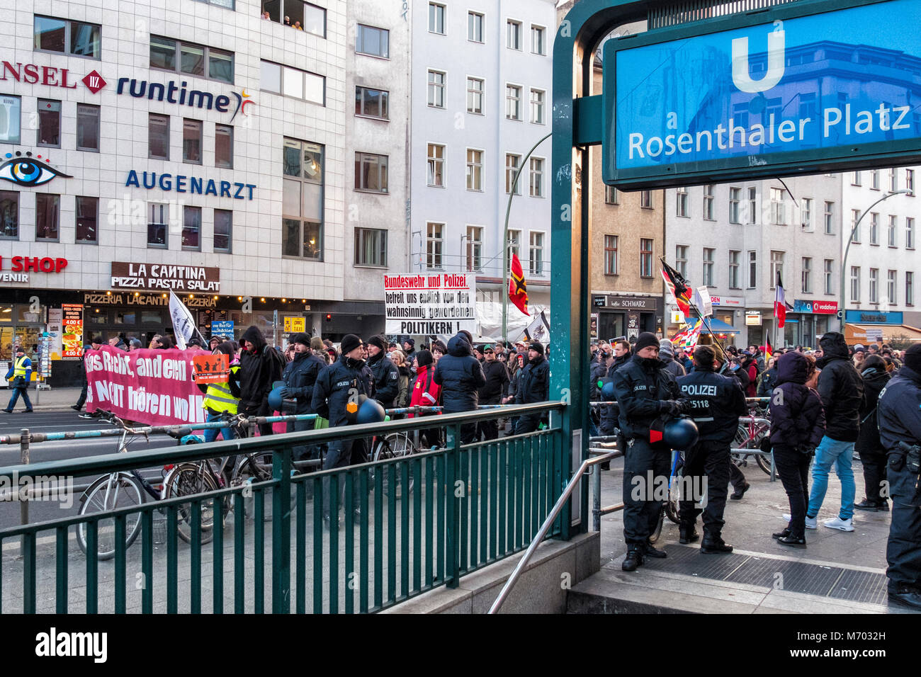 Berlin-Mitte,Rosenthalerplatz.Far  Right demonstration march in city street - Stock Image