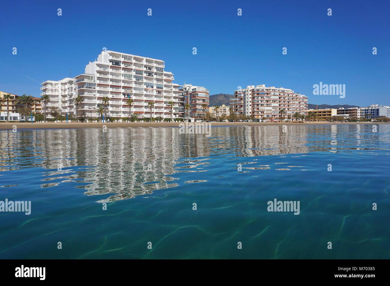 Spain Costa Brava apartment buildings along the beach, Mediterranean sea, Santa Margarida, Roses, Catalonia, Girona - Stock Image