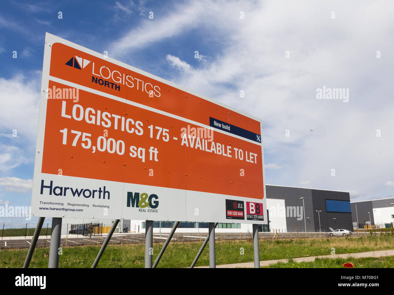 Newly built distribution warehouse business factory unit to let at Logistics North, Bolton, unoccupied and waiting - Stock Image