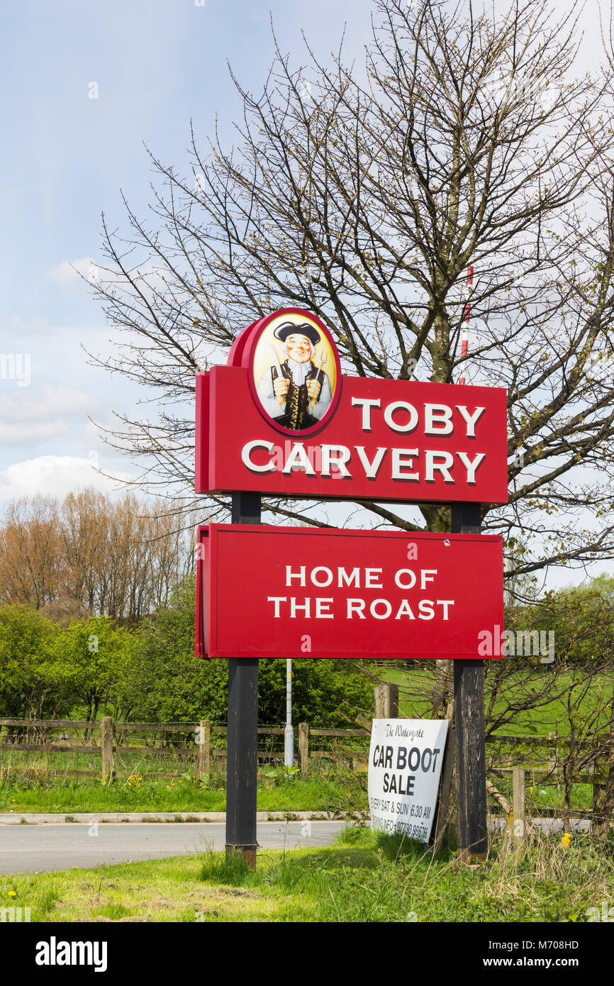 Toby Carvery Sign At The Entrance To The Watergate A Pub Stock