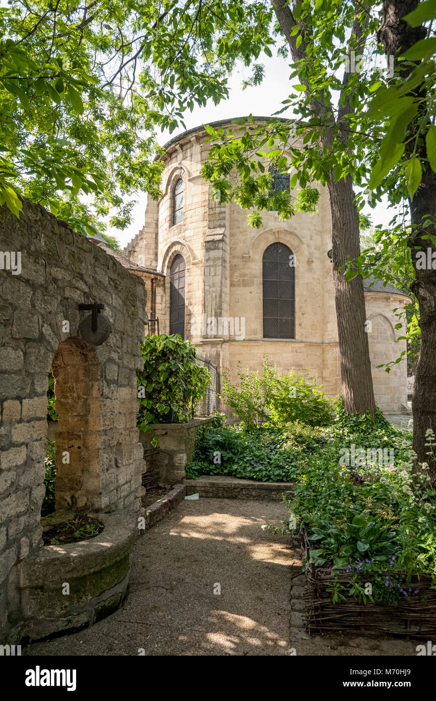 PARIS, FRANCE:  The pretty Melkite Greek Catholic parish church of Saint-Julien-le-Pauvre in Square Rene Viviani - Stock Image