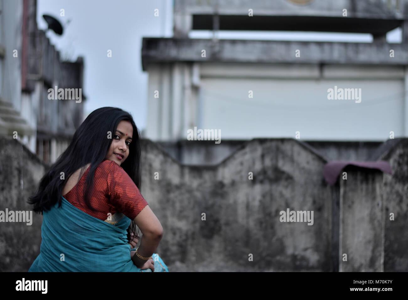 Bangali teens, sagging boobs video
