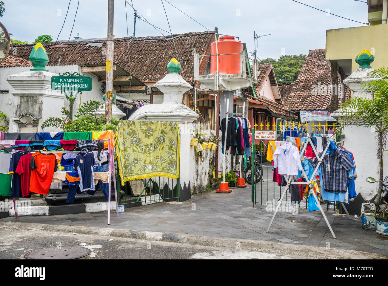 laundry day in Kampung Segullanggan in the Kraton neighbourhood of Yogyakarta, Central Java, Indonesia - Stock Image