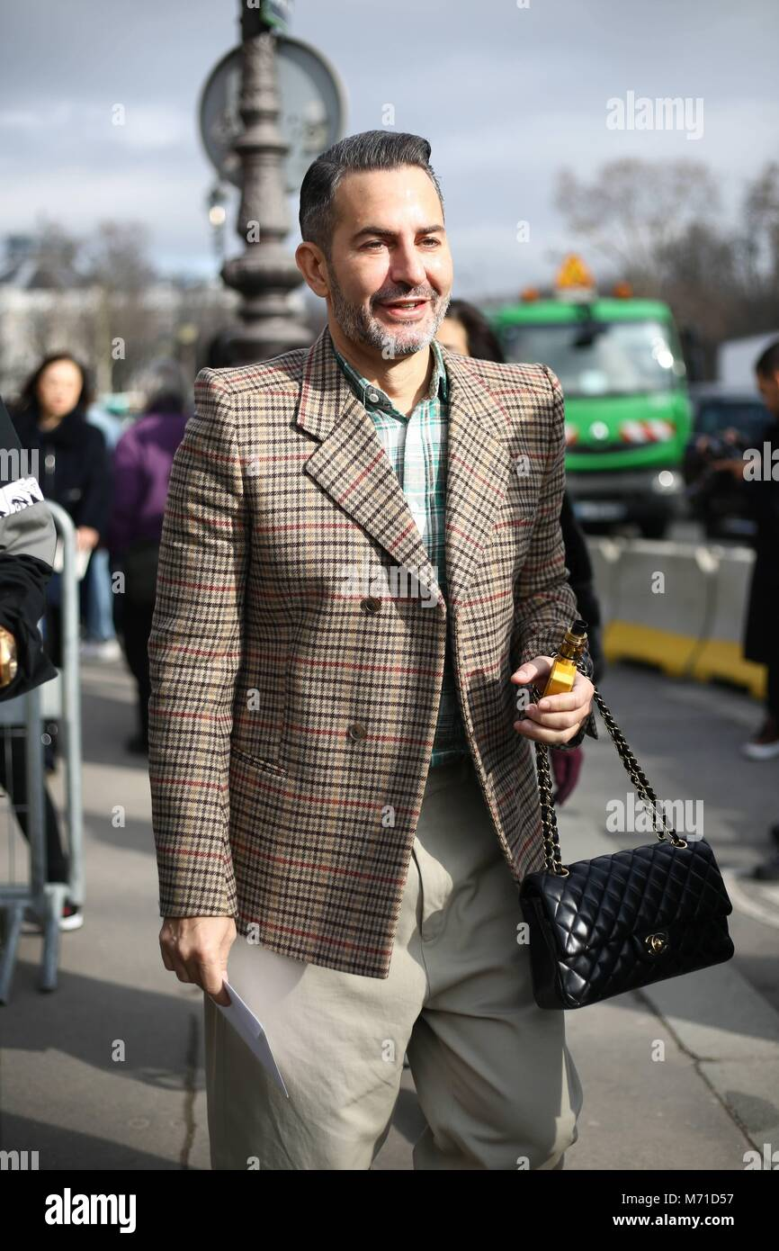fe2d341199190 Designer Marc Jacobs arriving at the Chanel show during Paris Fashion Week  - March 6