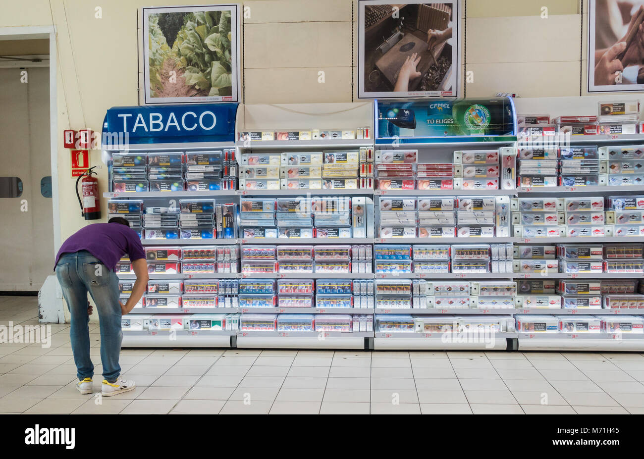 Best place to buy cigarettes Marlboro in paphos