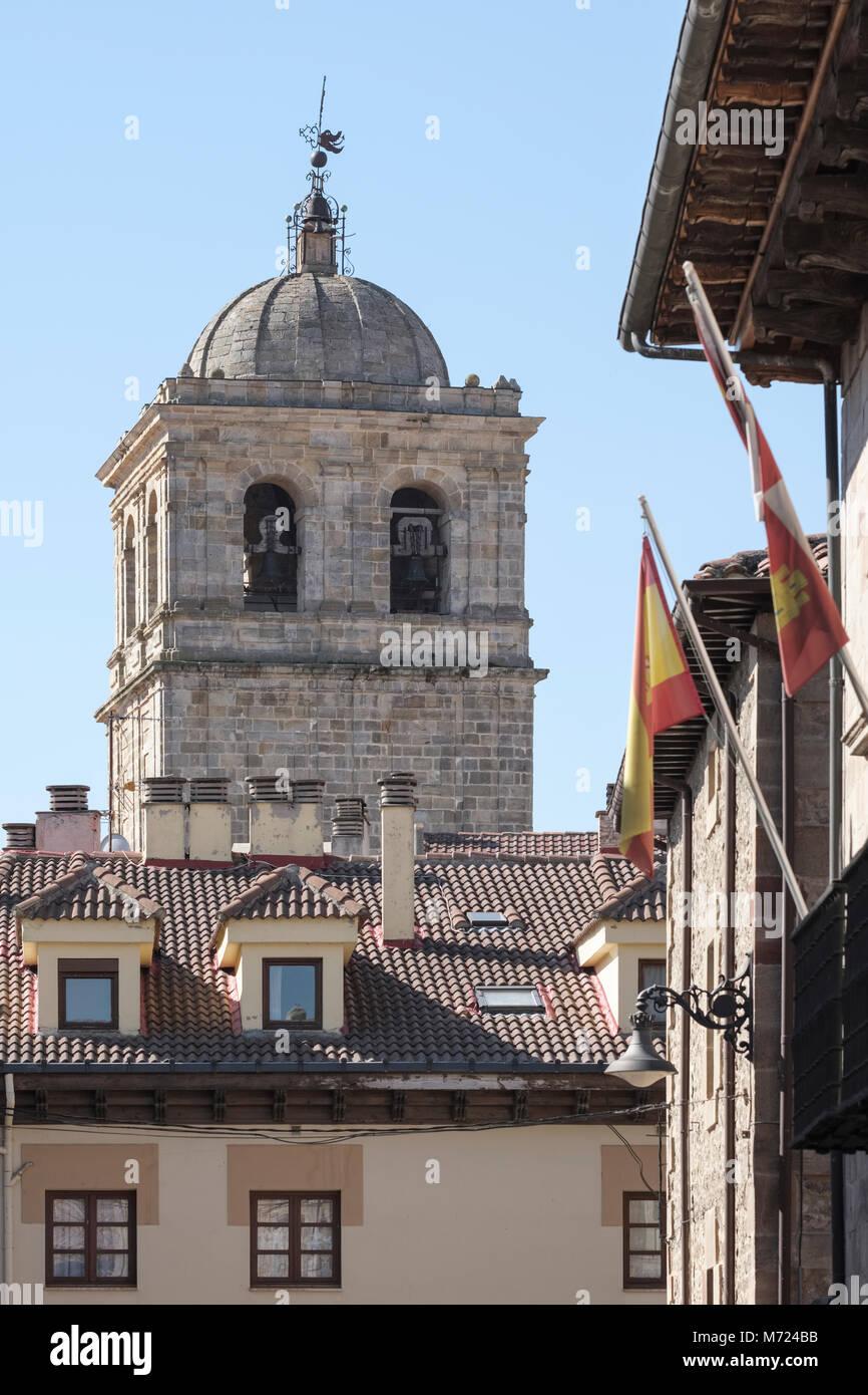 14th century Colegiata de San Miguel in background, Aguilar de Campoo, Palencia, Spain, Stock Photo