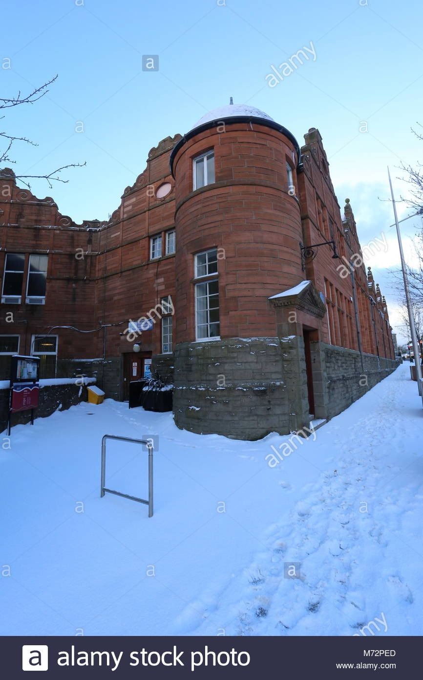 Exterior of Lochee library in winter Dundee Scotland  March 2018 - Stock Image