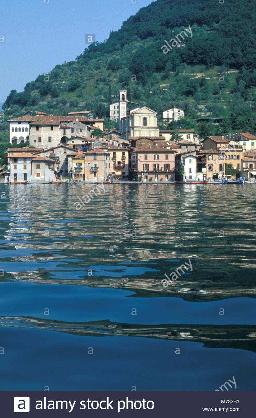 village view, peschiera maraglio, italy - Stock Image