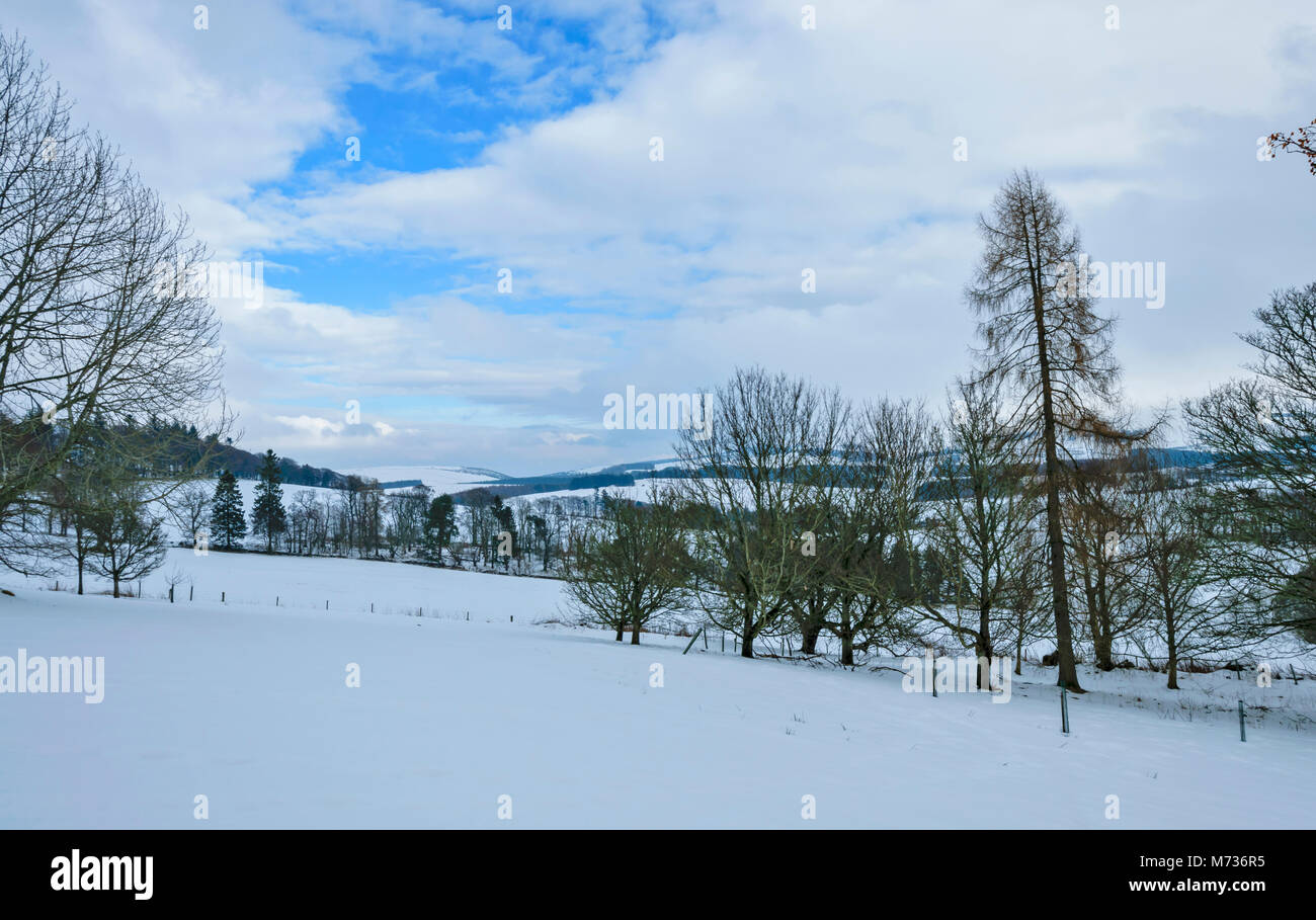 CRAIGIEVAR CASTLE ABERDEENSHIRE SCOTLAND VIEW FROM THE CASTLE OVER SNOW COVERED COUNTRYSIDE - Stock Image
