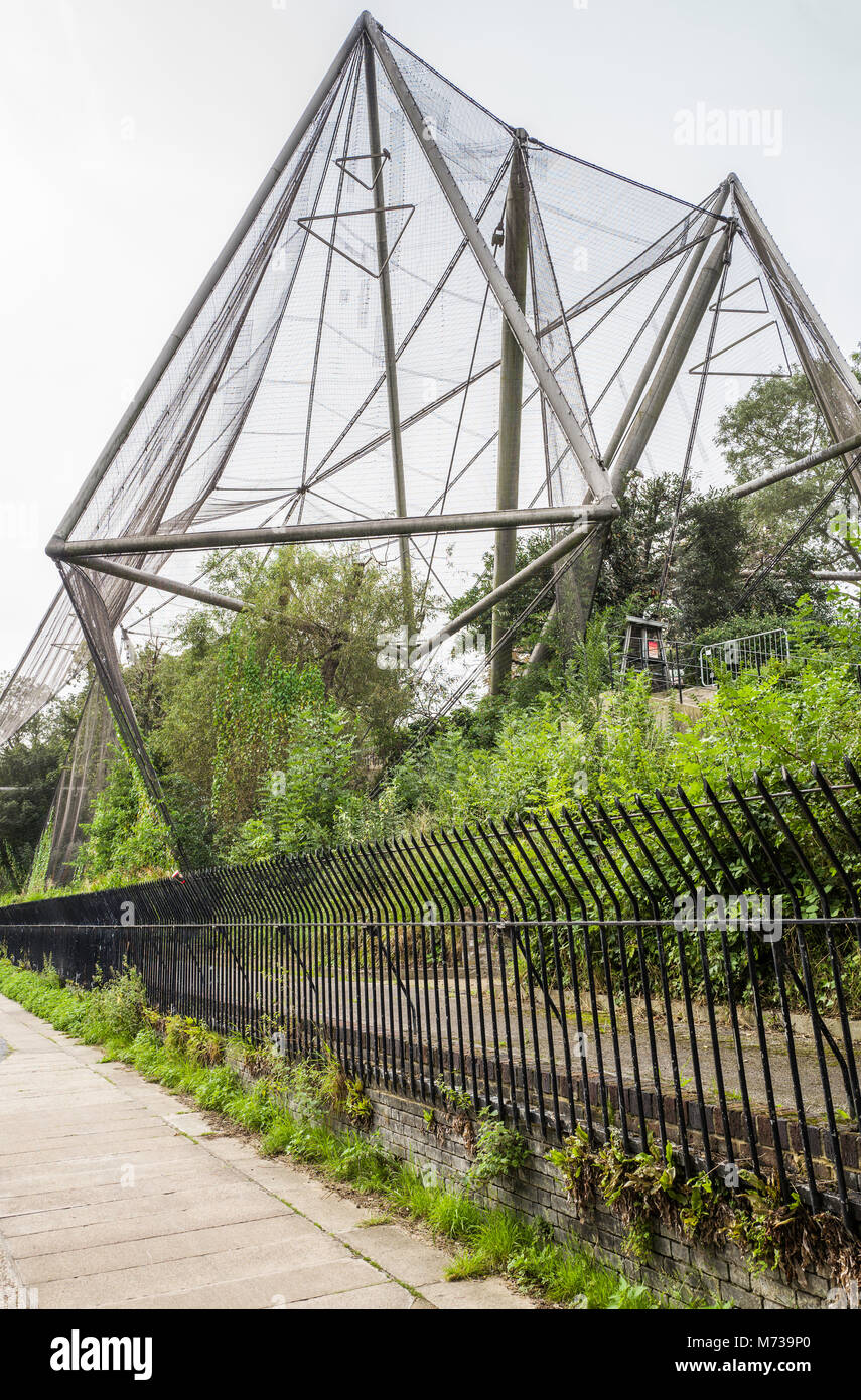 The Snowdon Aviary (1964) at ZSL London Zoo, seen from the towpath of Regent's Canal, Regent's Park, London, - Stock Image