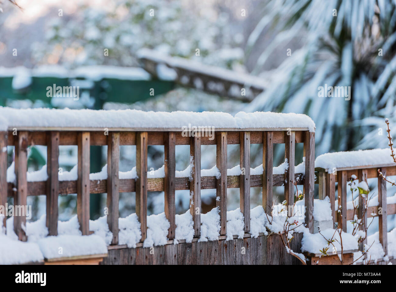 Unusually heavy snow in the southe east of england, urban Essex with several centimeteres. - Stock Image