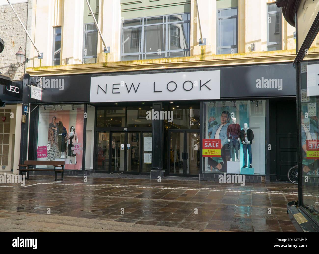 High street fashion retailers 26