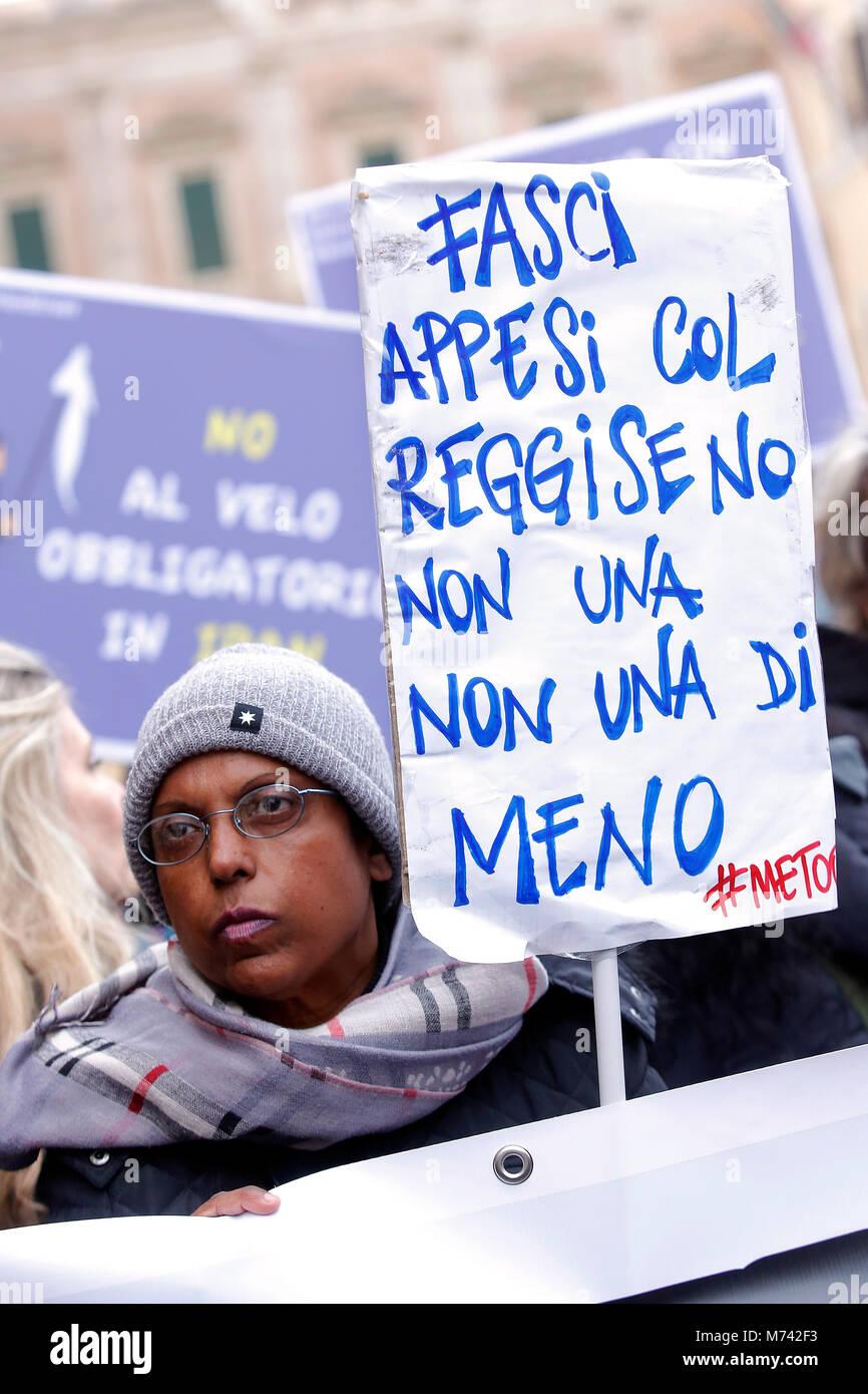 Rome, Italy. 8th Mar, 2018. Roma 08/03/2018. Marcia delle Donne in occasione della Festa della donna, contro la - Stock Image