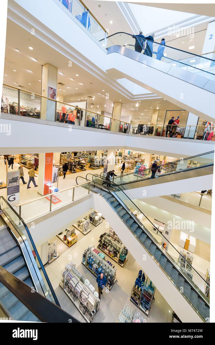54f27593e82 Bluewater Shopping Centre Kent Stock Photo  176499649 - Alamy