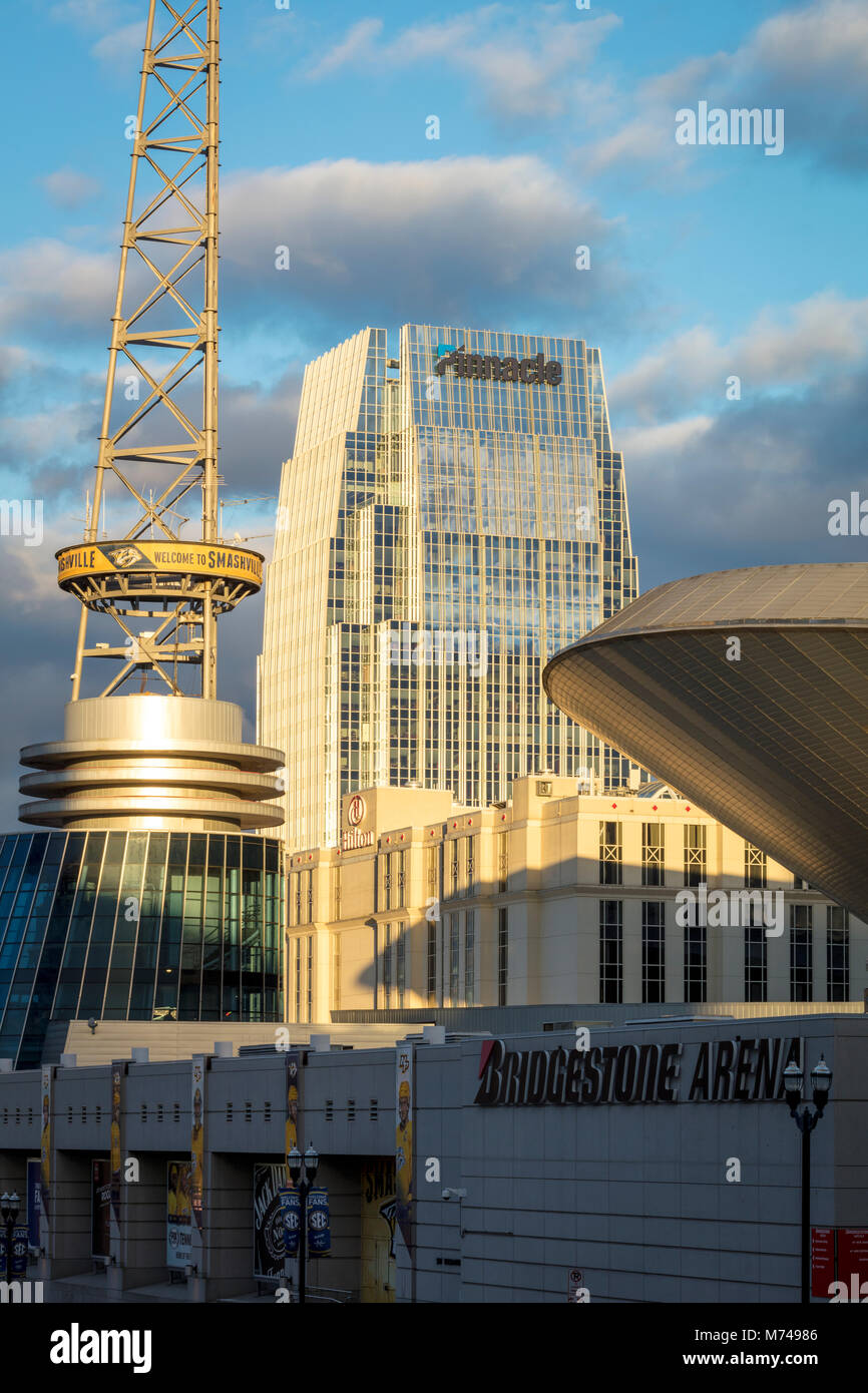 Bridgestone Arena and Pinnacle Buildings in downtown Nashville, Tennessee, USA - Stock Image
