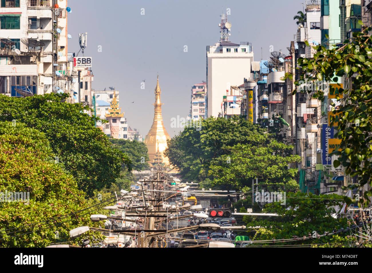 Yangon (Rangoon): Maha Bandoola Road, view to golden Sule Pagoda, road traffic, Colonial Quarter, Yangon Region, - Stock Image