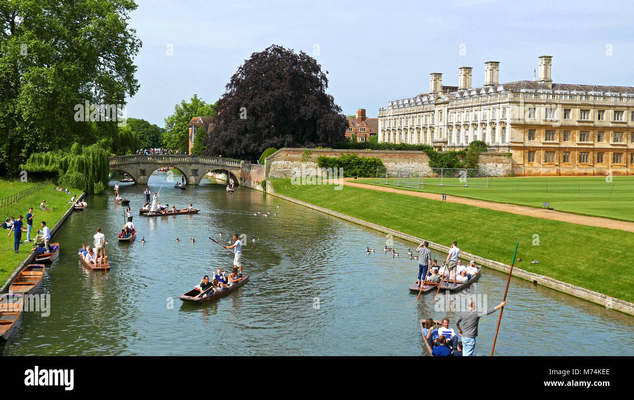 Punting on River Cam past Clare College, Cambridge, Summer - Stock Image