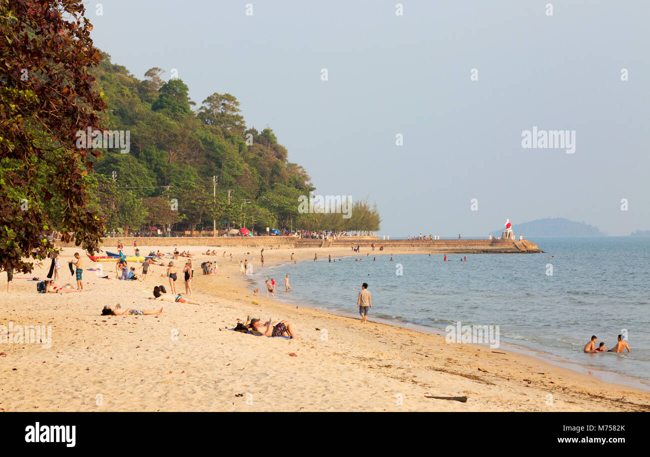 Local people and tourists sunbathing on the beach, Kep Beach, Kep, Kampot province, Cambodia Asia - Stock Image