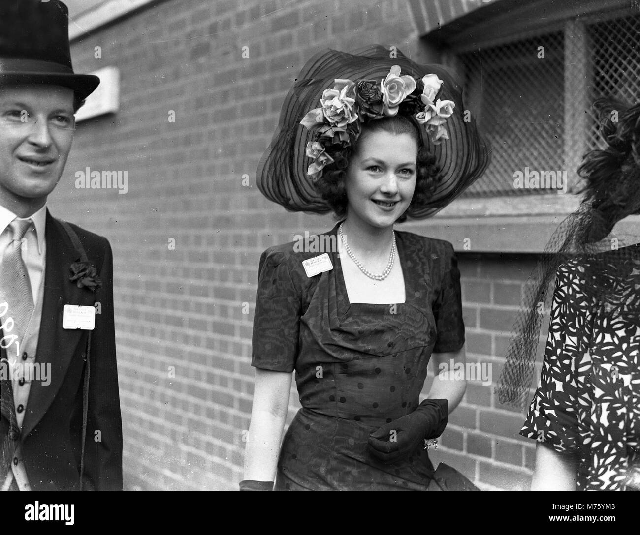 Royal Ascot 1948 Miss Raine McCorquodale dressed in style for a day at the races. - Stock Image