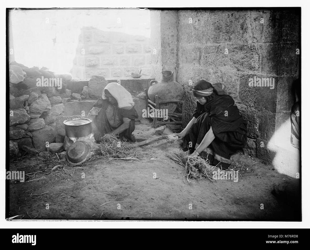Winnowing Black And White Stock Photos Amp Images Alamy