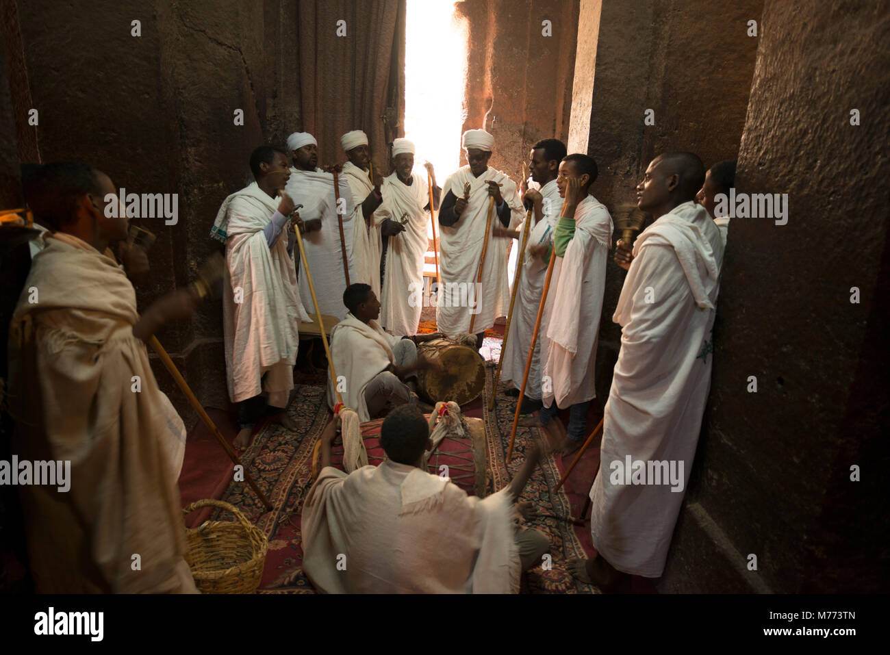 White Robes High Resolution Stock Photography And Images Alamy