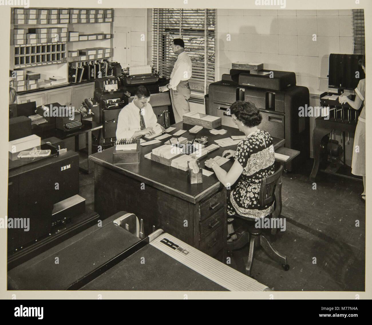 Cartographic Publishing (NBY 5262) - Stock Image