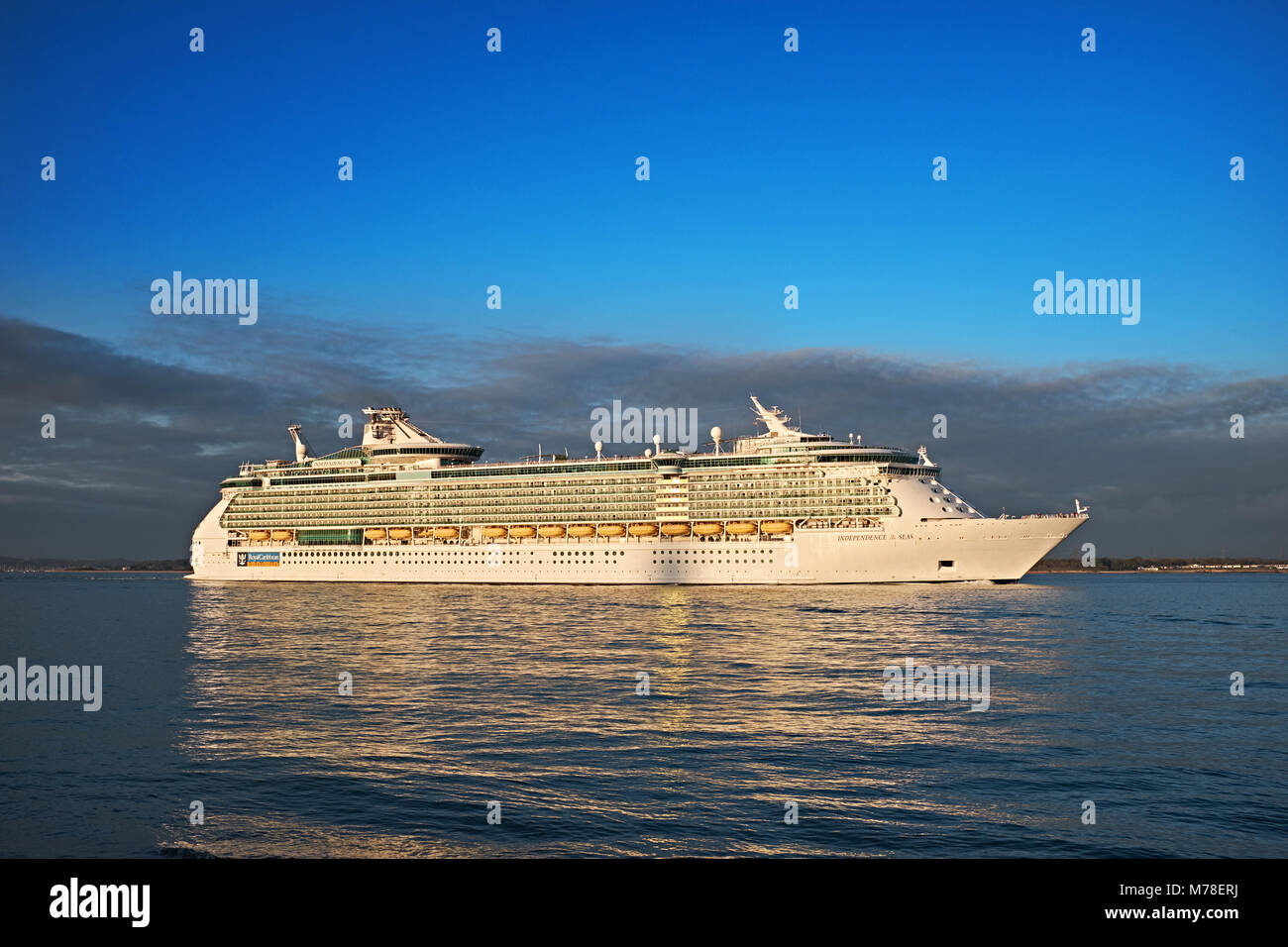 Royal Caribbean Independence of the seas leaves dock to start another voyage - Stock Image