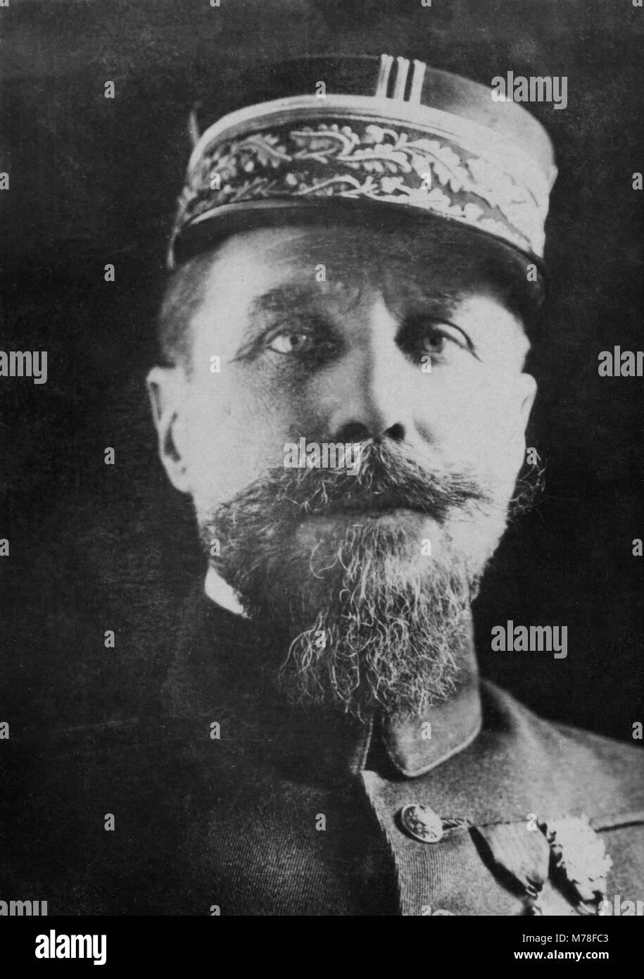 Portrait of the French General Henri Joseph Eugen e Gouraud ( 1867 - 1946 )   -  anonymous photography - Stock Image