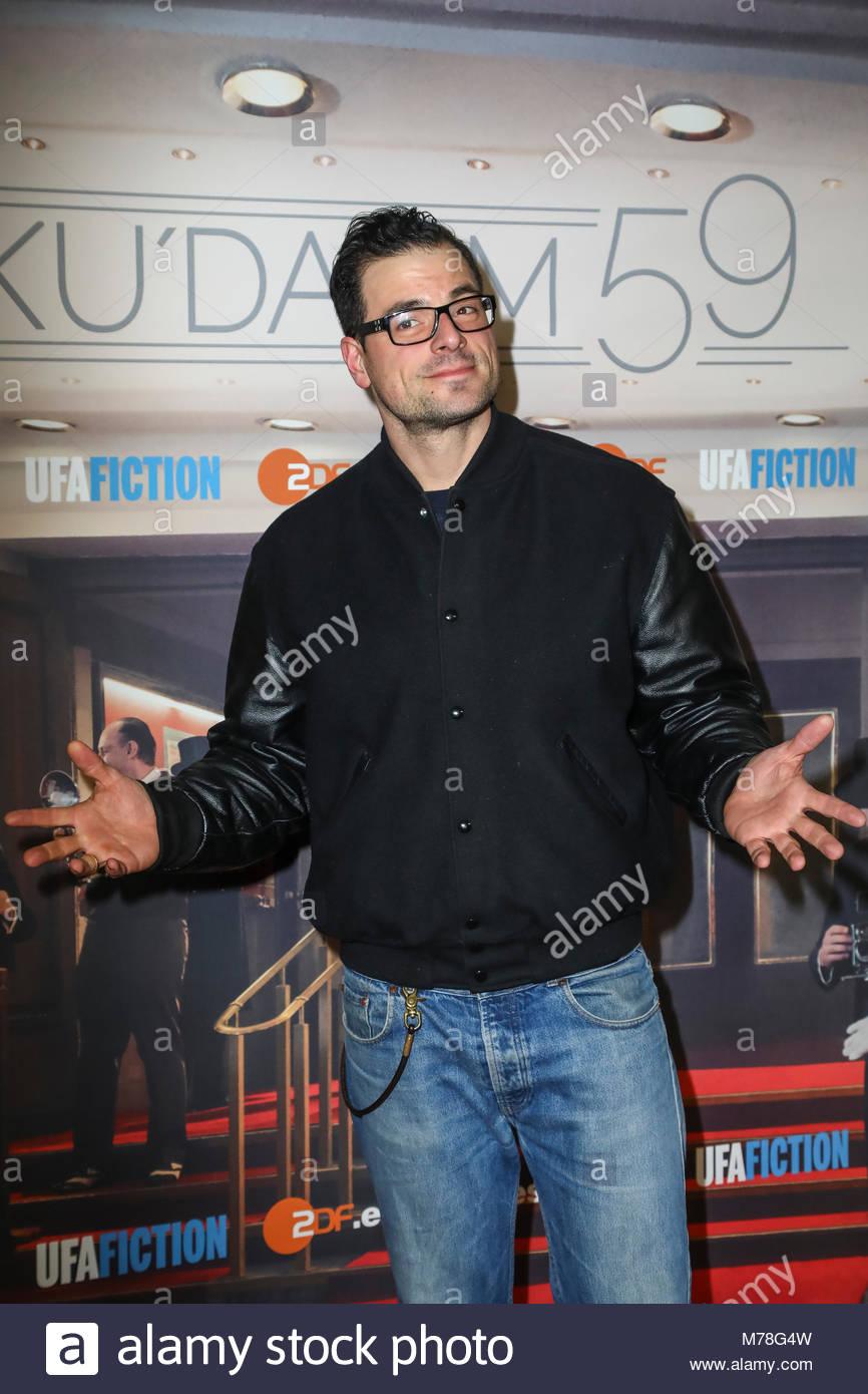 Tobias Licht bei der Premiere mit Fototermin für 'Ku'damm 59' im Cinema Paris am Kurfuerstendamm - Stock Image