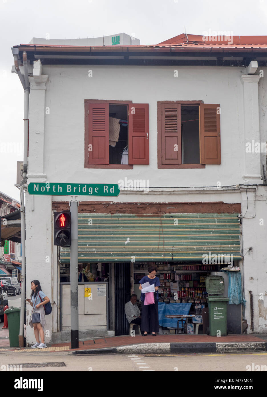 A traditional shophouse on North Bridge Road, Singapore. - Stock Image