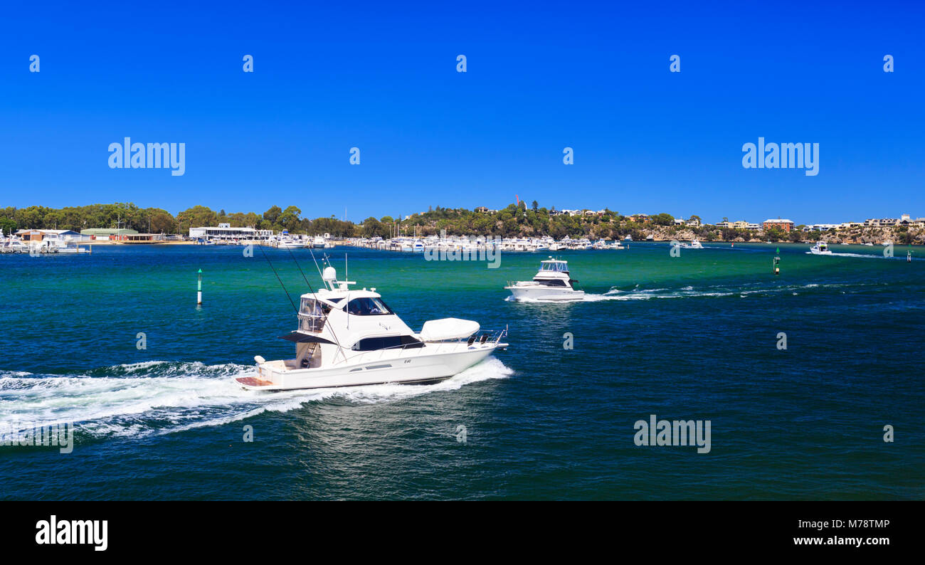 Boats on the Swan River at North Fremantle. Perth, Western Australia - Stock Image