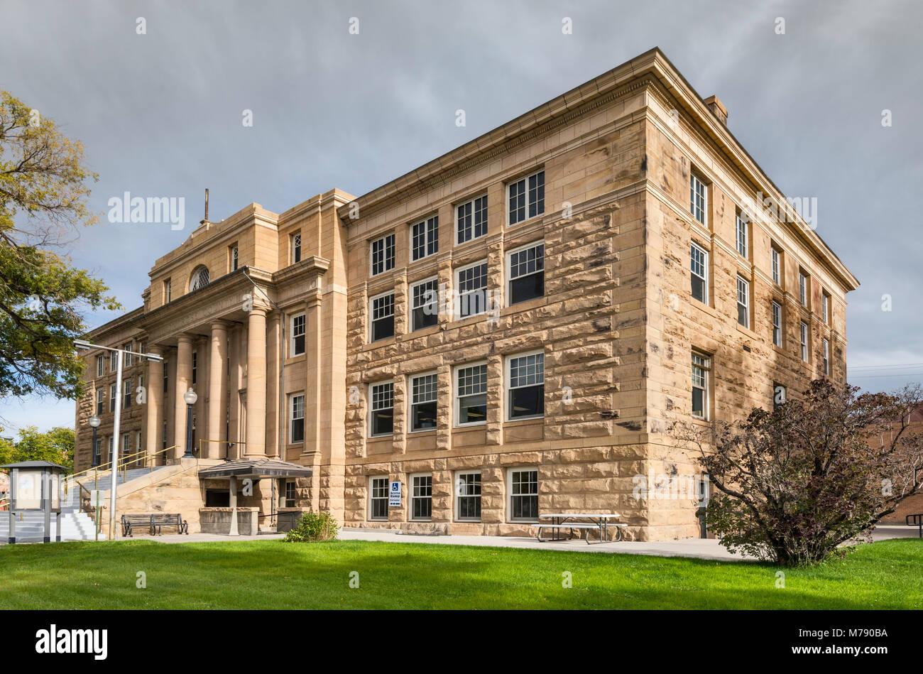 Small Town Courthouse Stock Photos & Small Town Courthouse Stock ...