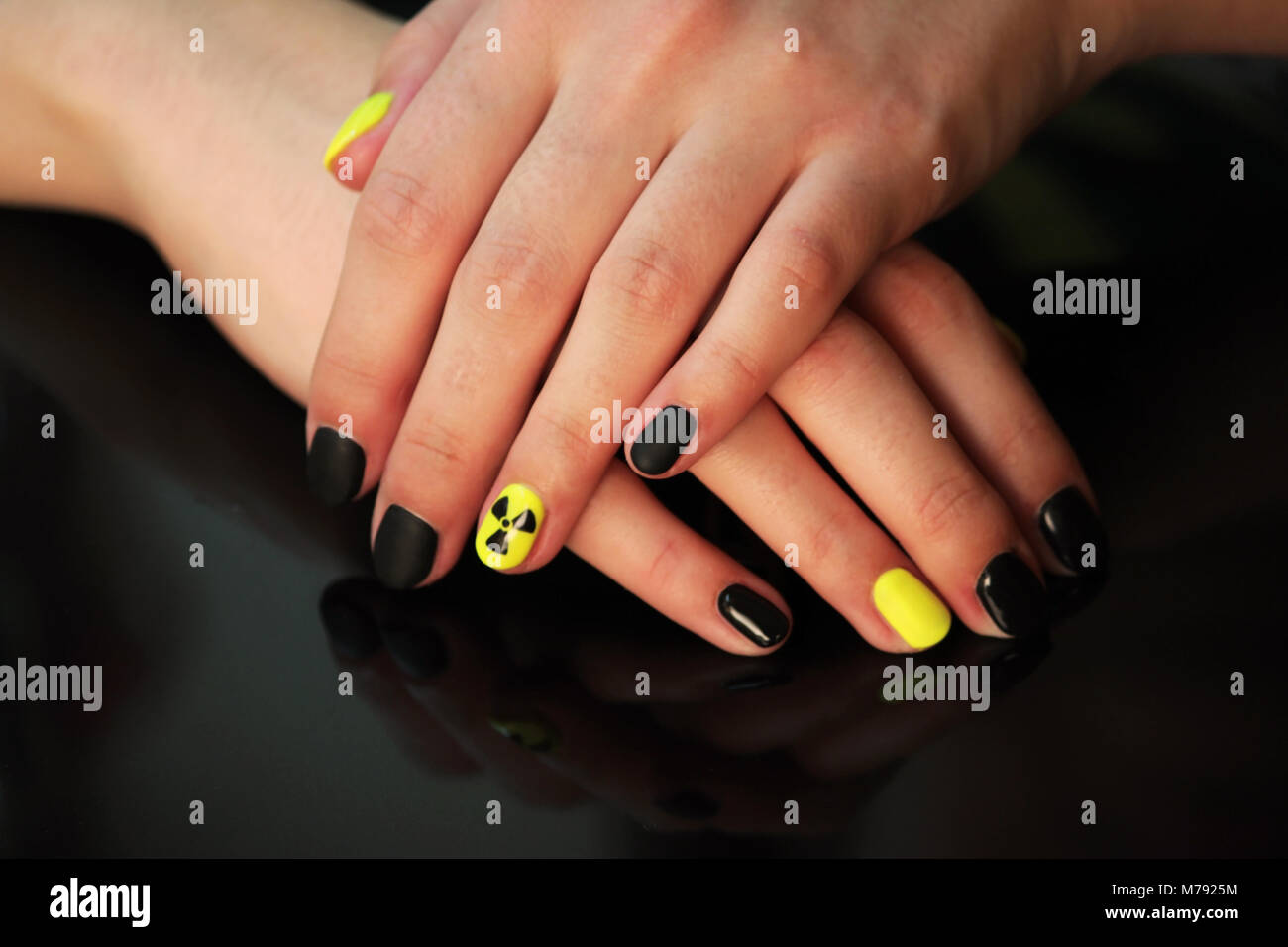 Neon Yellow Nails Stock Photos & Neon Yellow Nails Stock Images - Alamy