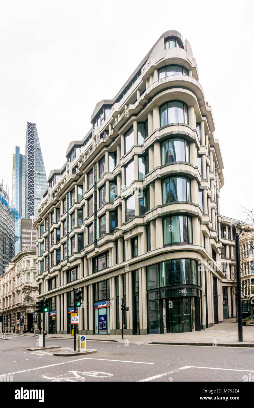 One Threadneedle Street in the City of London was completed in 1992 and contains Grade A ofice space over 7 floors. - Stock Image