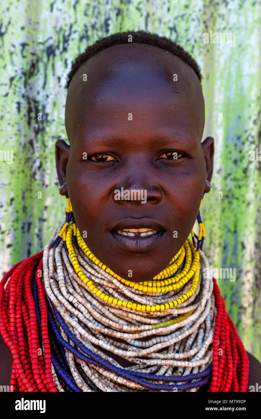 A Portrait Of A Karo Tribeswoman, Dimeka, Omo Valley, Ethiopia - Stock Image