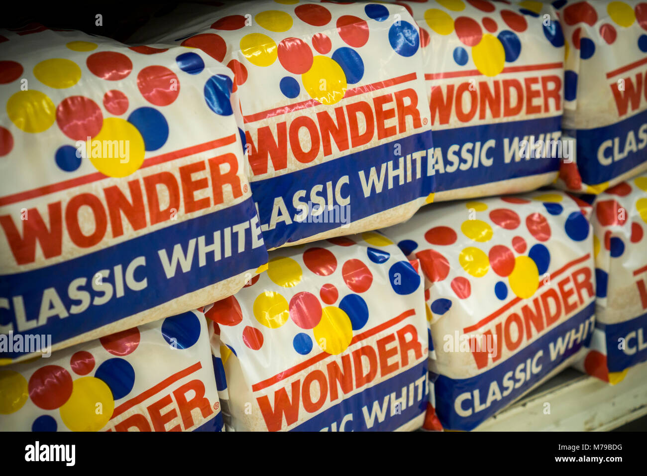A plentiful supply of loaves of Wonder Bread in a supermarket New York on Tuesday, March 6, 2018. Wonder Bread is - Stock Image